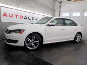 2012 Volkswagen Passat BLANC CUIR TOIT OUVRANT MAGS
