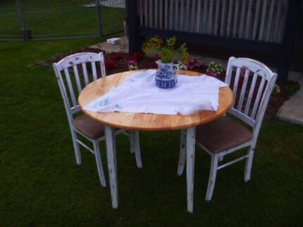 Shabby Chic Farmhouse Provincial Dining Table with Two Chairs
