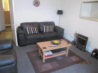 159 Strathmartine Road - One bed, fully furnished flat