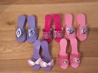 Girls dressing up shoes