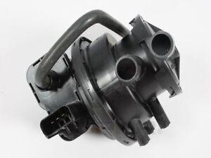 Fuel Vapor Leak Detection Pump Mopar 4891414AD