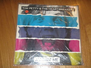 "A2 12"" vinyl record TOM PETTY & THE HEARTBREAKERS JAMMIN ME LET ME UP MAKE THAT - Italia - A2 12"" vinyl record TOM PETTY & THE HEARTBREAKERS JAMMIN ME LET ME UP MAKE THAT - Italia"