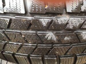 pneu hiver 235-65R18