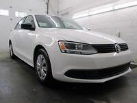 2012 Volkswagen Jetta BLANC AUTOMATIQUE A/C SEULEMENT 27,000KM