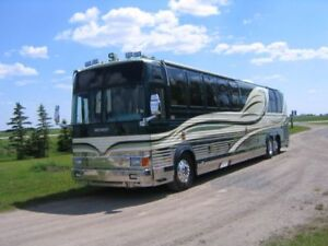 Luxurious Trader - Provost XL45 Vantare motorcoach loaded
