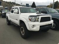 2010 Toyota Tacoma V6 4x4 Double-Cab 140.6 in. WB