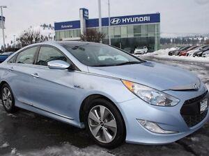 2012 Hyundai Sonata Hybrid Premium 4dr Sedan