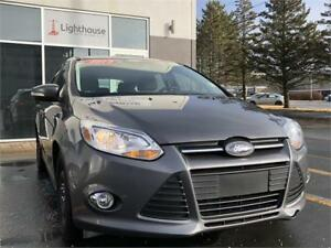2014 Ford Focus SE Hatchback / Winter Tires / $39 weekly /