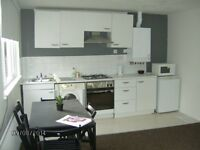 Double Rooms ner Town