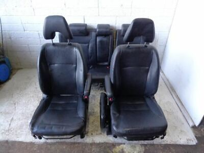 Honda CR-V Front Seats Pair of Leather Seats Black 2002 to 2006 P07119