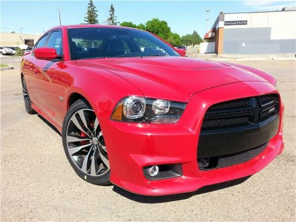 2012 Dodge Charger SRT8 ... MADE FOR SPEED !! LOW KMM ON SALE!!!