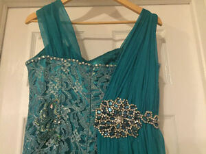 Beautiful Teal Evening Gown Windsor Region Ontario image 2