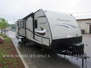 **SLEEPS 10! **LIGHTWEIGHT! **FAMILY TRAVEL TRAILER FOR SALE!