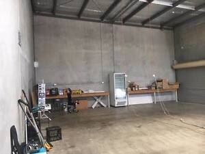 Commercial shed attached to espresso bar for lease in Kunda park. Kunda Park Maroochydore Area Preview