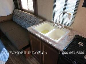 **FAMILY HYBRID TRAILER ** CLEARANCE!!! FOR SALE $3,000 OFF Kitchener / Waterloo Kitchener Area image 5