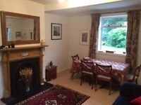 ***SHORT LETS*** 3 bedroom house with parking and private garden to let on short term basis.