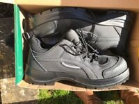 Brand New TuffSafe Safey Trainers Size 9