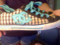 Size 9 Womens DC Sneakers