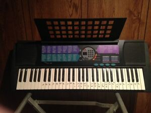 YAMAHA KEYBOARD FOR SALE   519 649 8054