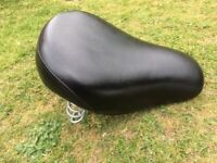 Motorcycle Solo Seat (Bobber Style) Royal Enfield 500 Bullet