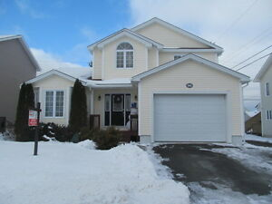 NEW TO THE MARKET! Beautiful fully developed house in Southlands