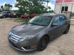 2010 FORD FUSION HYBRID - LOW KM - POWER OPTIONS - AUTOMATIC