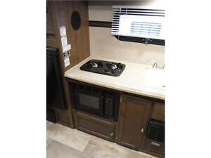 2015 Palomini 150RBS Ultra Lite Travel Trailer with Slideout Stratford Kitchener Area image 9