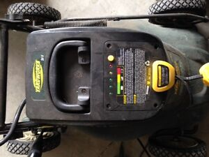 Yardworks 24V battery operated mower with catch Kingston Kingston Area image 2