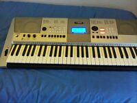 Yamaha E413 keyboard