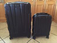 Set of 2 Samsonite suitcases