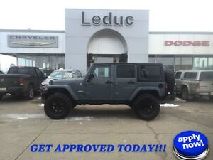 2014 Jeep Wrangler Unlimited Sahara LIFTED!! 35 TIRES