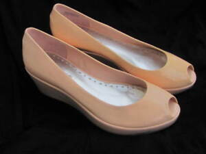 Souliers Femme cuir 8 1/2- Leather Peach Colored Shoes-New/Neuf