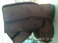 Brand New - Ladies Chocolate Brown Calf Length Boots - Excel Cond.