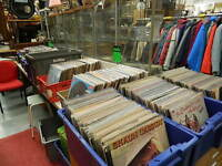 just in - collection of thousands of vinyl LPs & singles to clear
