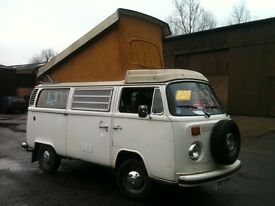 VW Camper - 1976 Westfalia Poptop