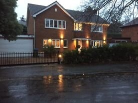 Luxury Double Room to rent in Surbiton Home 15 minutes walk Surbiton Station recently refurbished