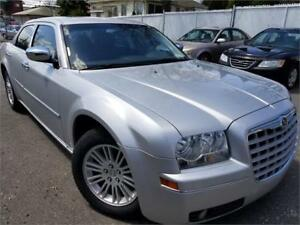 2010 Chrysler 300 Touring AC/MAGS/GR.ELEC/TOIT/CUIRE/VERY CLEAN!