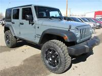2015 Jeep Wrangler Unlimited Sport 3.5 in BDS Lift $304 B/W