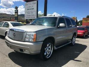 2006 Cadillac Escalade LOW KMS CLEAN VEHICLE. AWD!