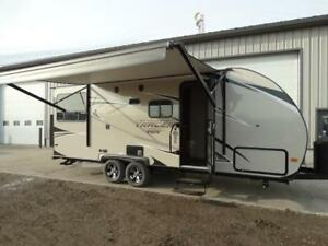 Tracer 206 Tandem couples travel trailer