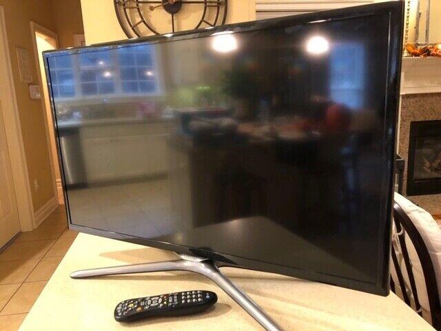 """SAMSUNG 32"""" Class Full HD 1080P Smart LED TV HDMI USB (UN32F5500) Built-in Wifi"""