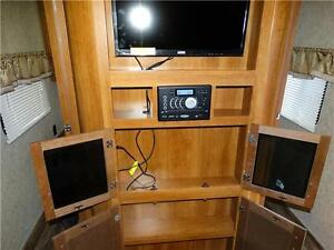 30' Bunkhouse Trailer. Finance for $200/month Kitchener / Waterloo Kitchener Area image 10
