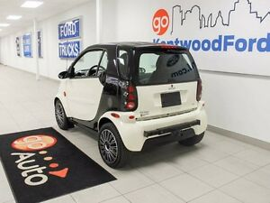 2005 smart fortwo Perfect ride for two!!! Edmonton Edmonton Area image 4