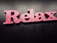 LOVELY PINK / DIAMANTE RELAX SIGN