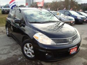 2009 Nissan Versa 1.8SL Hatc. Sunroof Accident Free 1 Owner