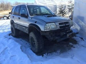2000 v6 4x4 Chevrolet Tracker