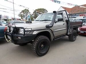 2001 Nissan Patrol GU ST (4x4) Gold 5 Speed Manual 4x4 Gepps Cross Port Adelaide Area Preview