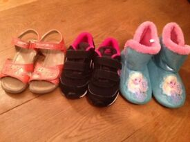 Bundle SHOES! START RITE patent coral sandals / FROZEN slippers/ NIKE SIZE 27/9.5