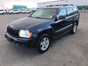 2005 Jeep Grand Cherokee Laredo **V-6**AWD-4x4**
