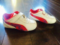 ***LIKE NEW*** Size 5 Toddler Pink Pumas with Box!